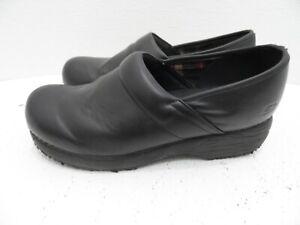Skechers Work Womens Blk. Leather Wk Slip Resistant Clog Shoe Nursing - Size 10