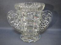 Ancien vase vintage années 1950 en verre sculpté art déco VMC REIMS brocante