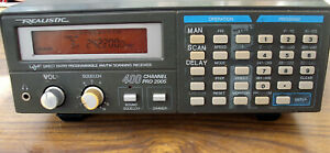 Realistic PRO 2005 400 channel scanner with manual , antenna and frequency book