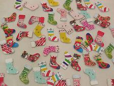 10pcs Natale Stivali LEGNO Sew sui bambini vestiti pulsanti cucire fai da te 2cmx3cm