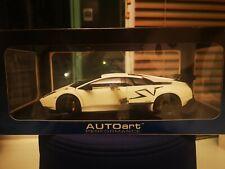 BRAND NEW Autoart Lamborghini Murcielago SV LP670-4 WHITE 1/18