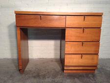 Mid-Century Modern Desk / By JOHNSON CARPER - Wood Desk