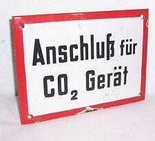 """Altes Emailschild Hinweisschild """" Anschluß für CO2 Gerät """" loft vintage deko !"""