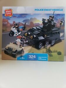 Police Swat Vehicle (Play Day Expressions) 324 pieces Ages 6+