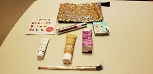 Ipsy Glam Bag (new) GOLD SEQUINS