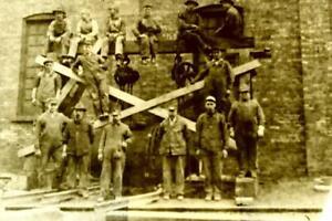 1920'S RAILROAD WORKERS  5X7 GLASS NEGATIVE