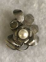 1970s Faux Pearl Brooch Vintage White Metal Floral Jewellery Jewelry Retro Old
