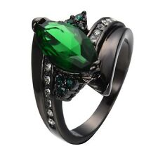 ~ Lovely Size 6 ~Cats Eye~ 10KT Black Gold ~ Victorian / Gothic Emerald Ring ~