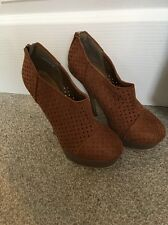 Stiletto Heels New Look Suede Ankle Boots Size 5 VGC