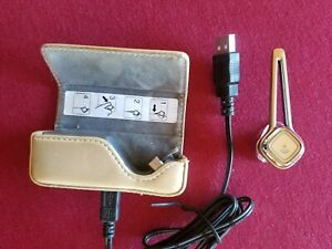 Vintage Plantronics Discovery 925 Bluetooth Earpiece & Charging Case & cord