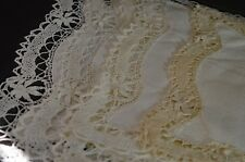 5 VINTAGE LINEN PLACEMATS WITH BOBBIN LACE EDGING & INSERTION UU31