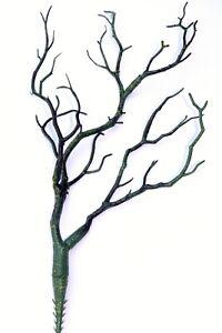 Artificial Branch Green Twig 35cm Ideal for Praying mantis Tanks
