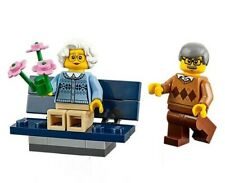 LEGO Boy Male Minifigure Old Man Granda Grandad Grandpa Brown Jacket Cardigan