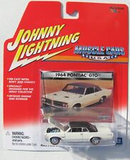 JOHNNY LIGHTNING MUSCLE CARS 1964 PONTIAC GTO TRI-POWER RLT