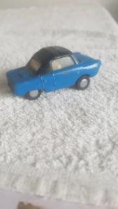 Spot On Triang Friskysport car