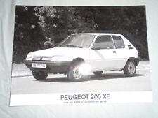 Peugeot 205 XE Press Photo brochure c1990 German text