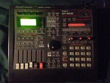 Roland SP-808 Groove Sampler mit seltenen OP1 Expansion Board.