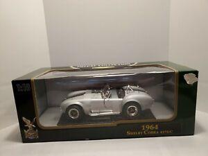 Road Legends 1:18 SCALE Die-Cast Silver Black Stripes 1964 SHELBY COBRA 427S/C