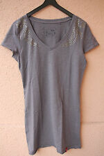 Graues Shirt mit Strass-Steinchen an den Schultern von Esprit, Gr. M