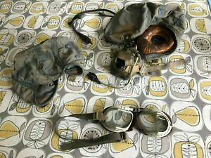 2 VINTAGE RAF PILOTS FLYING HELMET AND GOGGLES  INCLUDING 1 MOUTH PIECE
