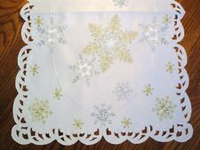 Snowflake Shimmer Table Runner