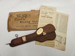 New Vintage Wilson Tru-Gyde Wooden Rug Hooked Kit Shuttle w Attachments Original