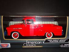 Motormax Chevrolet Apache Fleetside Pickup 1958 Red 1/24