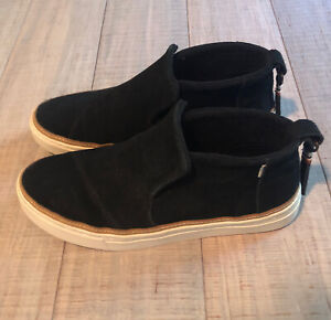 TOMS Womens Paxton Low Top Water-Resistant Slip-on, Black Suede, Size 8
