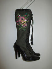 EMBROIDERED  BOOTS Black floral  zipper closure size  US 6