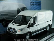 FORD TRANSIT VAN MODEL JUMBO 1:43 SIZE WHITE DELIVERY GREENLIGHT MK8 NEW R0