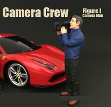 77477 American Diorama 1/24 TV CAMERA CREW FIGURE 1 - CAMERA MAN