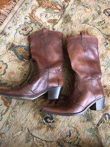 Clarks Size 8 Tan Cowboy Boots, Leather