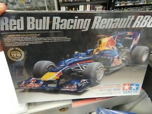 1/20 scale RED BULL RACING RENAULT RB6 model car kit by TAMIYA