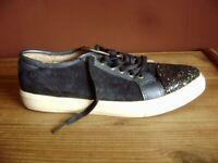 Sneakers Pantofola Blu Scuro UK 7 Eu 41 US 9,5 con Glitter Auf Der Punta Scarpe