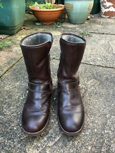 Girls Russell & Bromley lined leather boots EU size 36 (UK 3/4) - Used