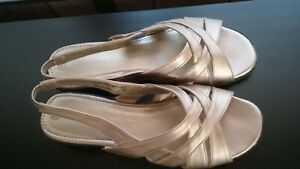 Women's Gold Metallic Sandals 7M, New w/o Tags