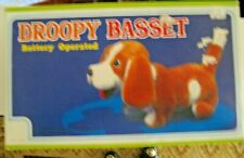 VINTAGE BATTERY OPERATED DROOPY BASSET DOG (WALKS, TAILS MOVES, BARKS, ETC) NEW