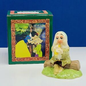 Snow White Seven 7 Dwarfs figurine Royal Doulton England Walt Disney box Sleepy