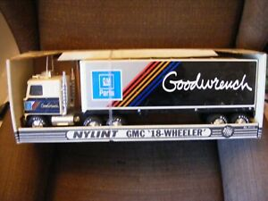 Vintage New In Box Nylint GMC 18 Wheeler No. 911-z