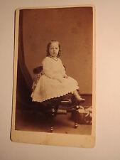 Allegheny Pennsylvania USA - kleines Mädchen im Kleid - Kulisse / CDV