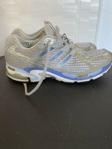 Women's Adidas Supernova running shoes sneakers size 8