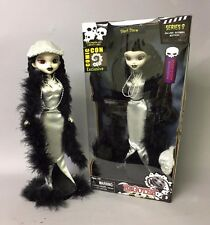 Begoths Silent Storm SILVER EXCLUSIVE 12 inch doll
