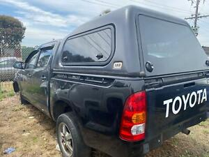 WRECKING 2010 TOYOTA HILUX , DUAL CAB, 02/05-08/15