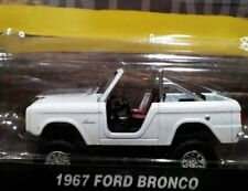 GREENLIGHT 67 1967 FORD BRONCO TRUCK COUNTY ROADS COLLECTIBLE CAR PEARL WHITE