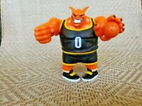 "Vintage Space Jam Monstars Pound 5"" Orange Alien Figure With Basketball"