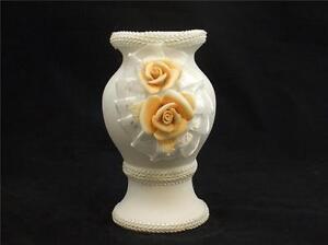 Peach colour Flower design Vase Ivory finish  14cm tall boxed new