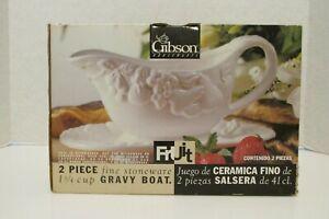 Gibson stoneware 2 pc milk glass gravy boat