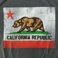 California Republic Men's XL T-Shirt Bear Distressed Flag Licensed Merch
