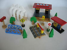 BUILDINGS / ACCESSORIES for  Wooden Train Track Set ( Brio Thomas Crossing ) b