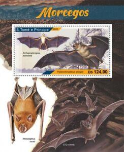 St Thomas - 2021 Bats on Stamps - Stamp Souvenir Sheet - ST210114b